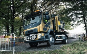 1._volvo_fl_with_4x4